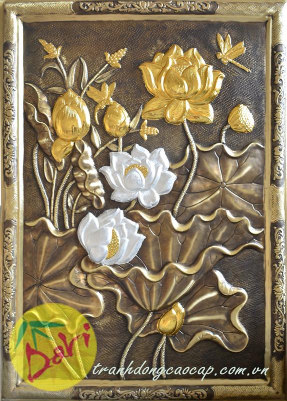 Tranh đồng hoa sen dát vàng bạc khung đồng